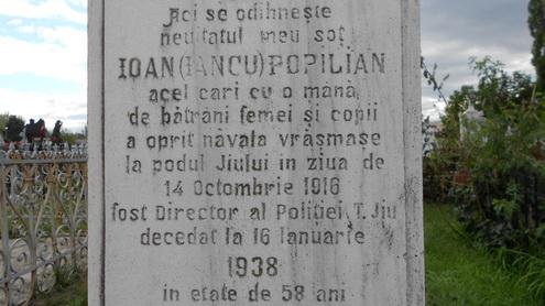 inscriptie pe cruce