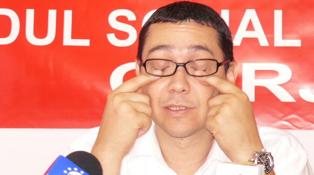 Imagine Deputatul FICTIV Victor Ponta continuă să chiulească din colegiul său parlamentar, dar cheltuie miliarde de lei vechi, bani publici