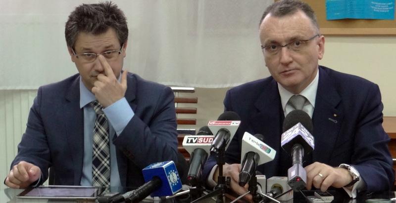Imagine Video: senatorul Costoiu si ministrul Cîmpeanu, despre mafia din UCB