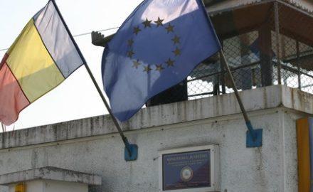 Deţinuţii de la Penitenciarului Târgu Jiu s-au răsculat împotriva directorului Bălă!