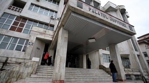 Ginerele avocatului Stănică, iertat de judecătorul Bejat