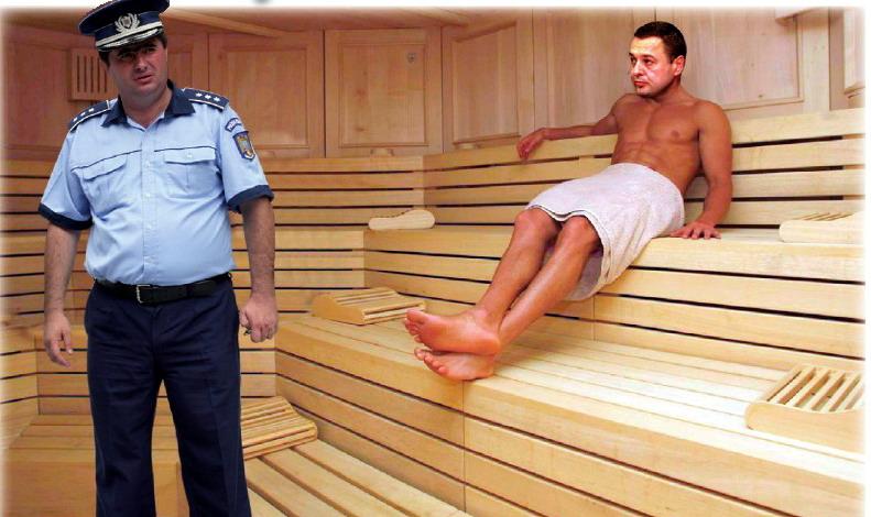 Graure a făcut saună în chiloţii lui Caragea
