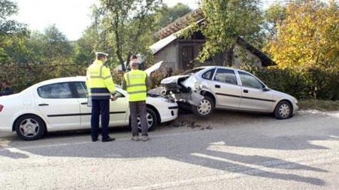 Cercetarea accidentului tragic de la Roșiuța, tergiversată de autorități