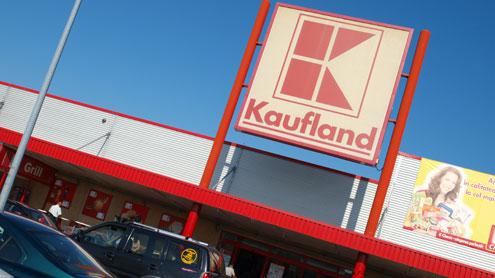 Atenție: la Kaufland, pâine expirată!
