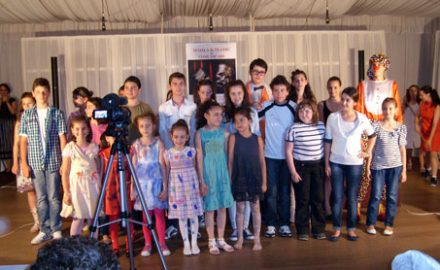 Şcoala de Teatru și Comunicare – sub semnul cireșarilor!