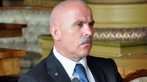 Vicele Aurel Popescu se plimbă prin Asia pe banii târgujienilor