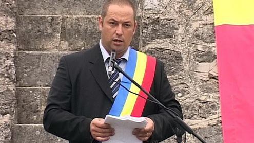 Primarul comunei Padeș, Mihai Troacă, a trecut de la PDL la PSD