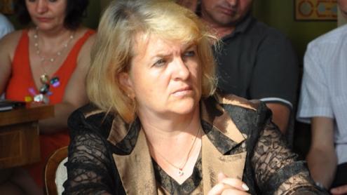 Mădălina Ciolocoi, muncă politică pe bani publici
