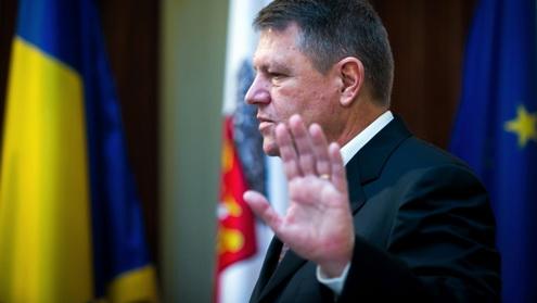 O țară perfectă își permite un președinte absent. România, nu