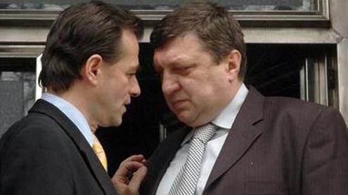 Ponta jubilează! Pentru șefia PNL Gorj se bat trei M A R T A L O G I, susținuți de Orban și Atanasiu