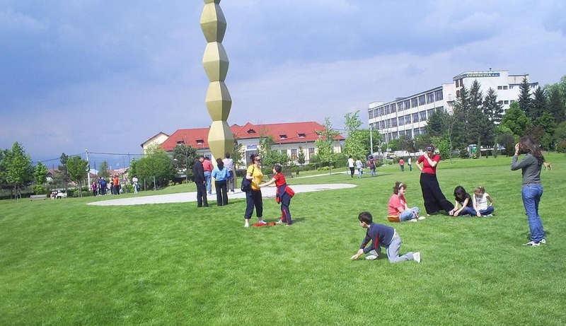 parcul coloanei