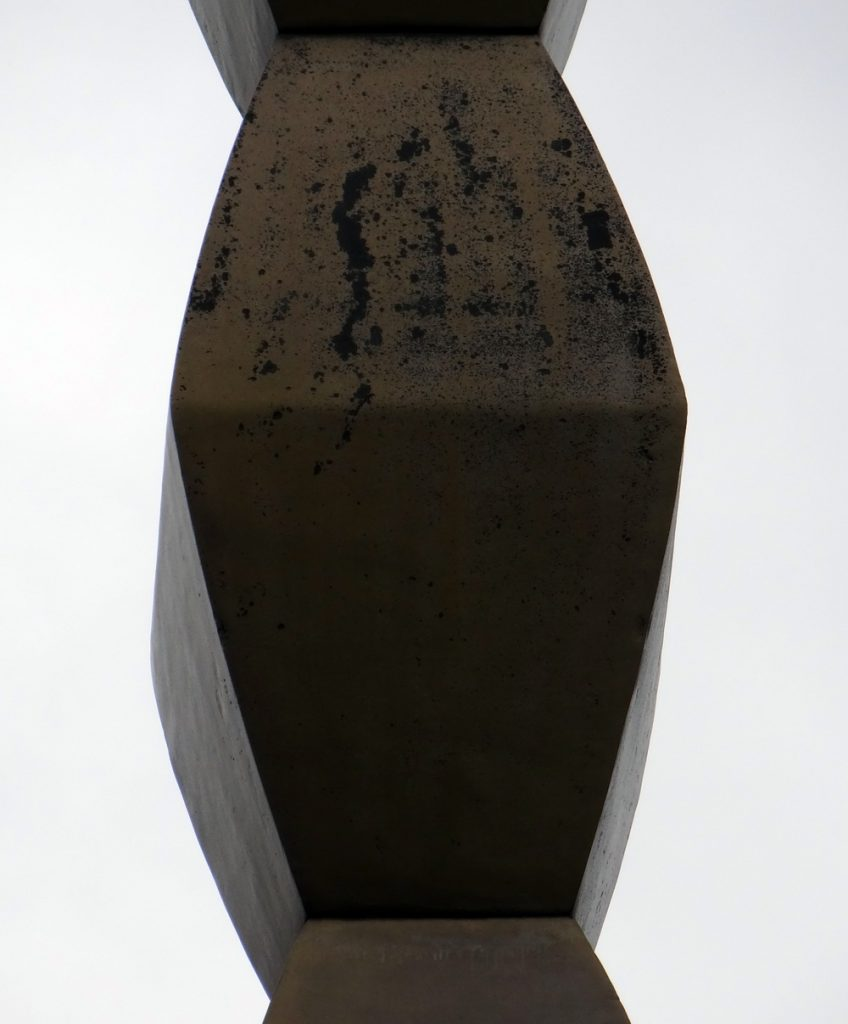 Pictorial HORROR. În ce hal au ajuns sculpturile lui Brâncuși de la Târgu Jiu. Cum au contribuit Ponta și Vișoianu