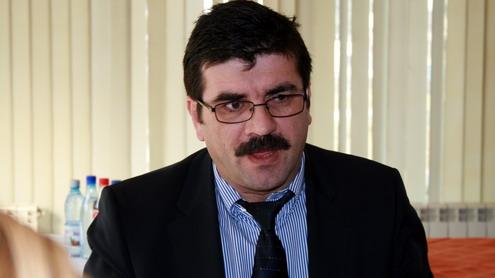 Ciurel: ''FNME să ceară milionul de euro de la angajații CEO, căci ei nu vor să plătească sindicatele!''