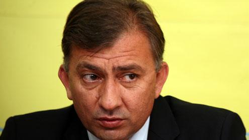 Hotelul lui Dian Popescu, blocat de executori