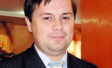 Romanescu ''urechează'' parlamentarii PNL și PC: ''Mi-am pus obrazul pentru ei, ar trebui să își facă treaba!''
