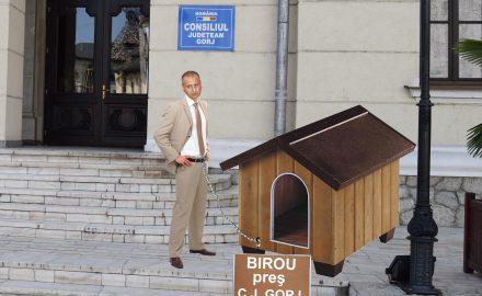 Exclusiv: ce birou de SCLAV i-a pregătit Călinoiu lui Cosmin Popescu