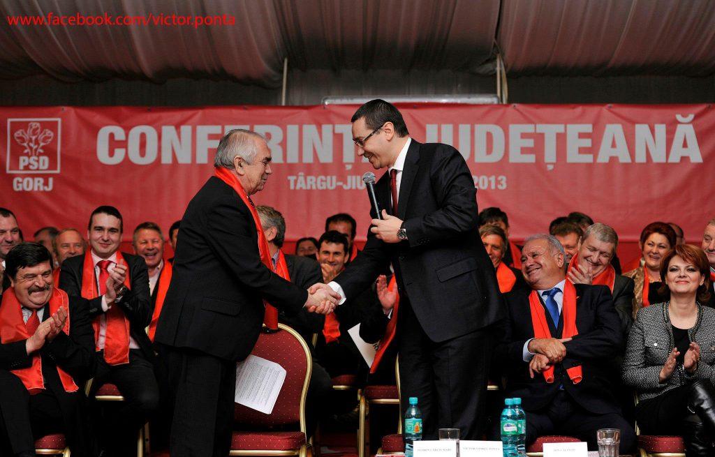 Victor Ponta, PERVERS, LAȘ și NESIMȚIT. După ce și-a eliminat DUȘMANII de pe listele PSD Gorj pentru Parlament, l-a lăsat pe Cârciumaru CARNE DE TUN
