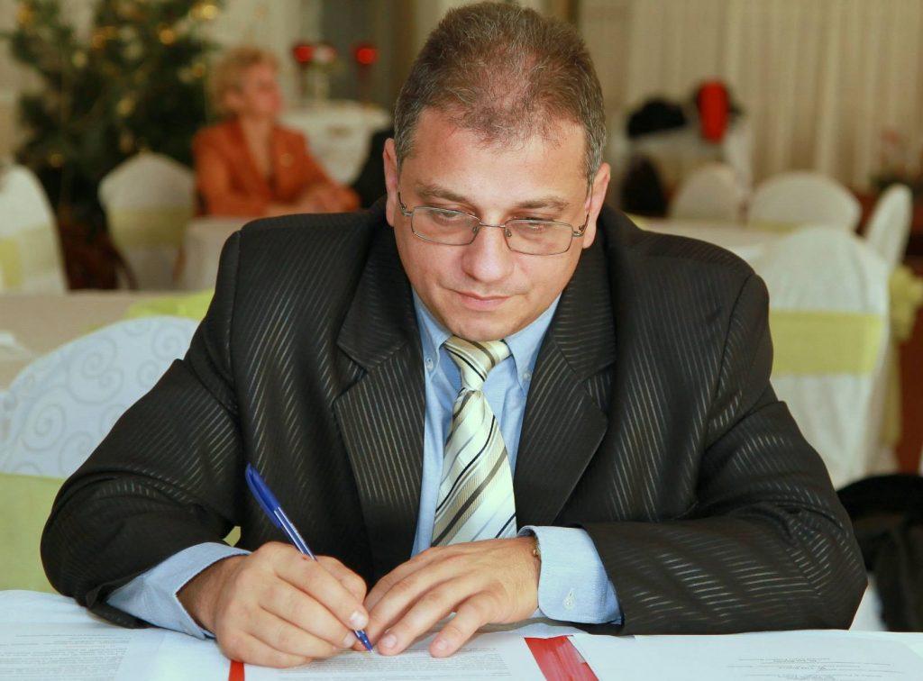 Continuă ORGIILE PENALE la Spitalul Județean de Urgență Târgu Jiu. Încă un CONCURS TRUCAT de Tătaru, pentru soțul directoarei de îngrijiri!