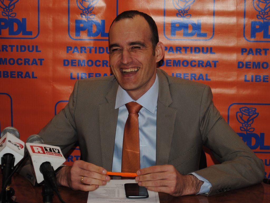 """Deputat PNL, fascinat de Liviu Dragnea: """"PNL-ul n-are un lider de nivelul lui"""""""
